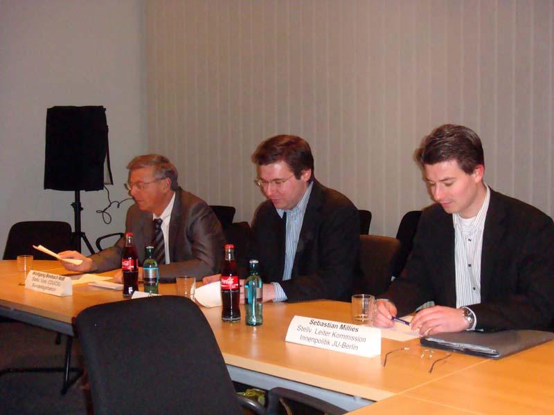 v.l.n.r.: Wolfgang Bosbach, Daniel Dittmar, Sebastian Millies